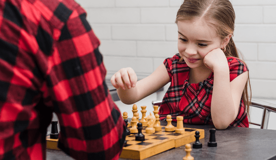 Concentration at online chess school for kids Fianchetto